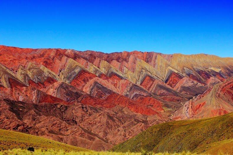 montagnes-hornocal-quebrada-de-humahuaca-argentine-1.jpg